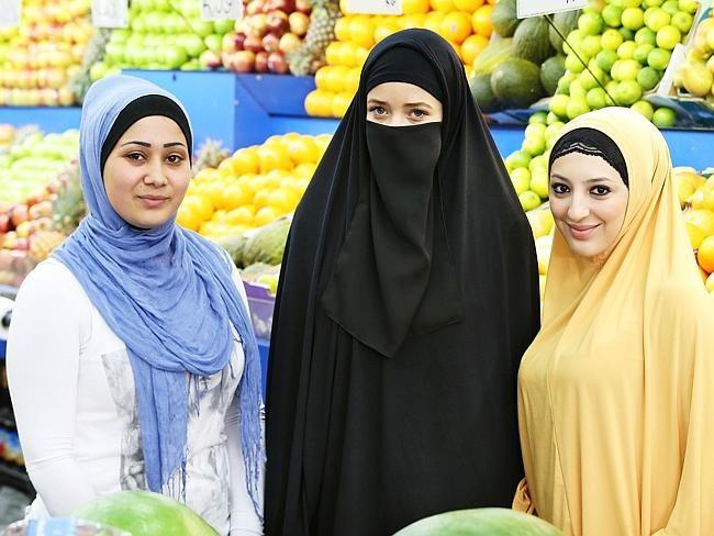 Người phụ nữ theo đạo Hồi