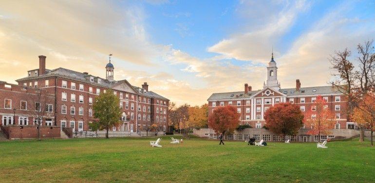 Ở Harvard, bạn có thật sự sống trong Harvard của mình?