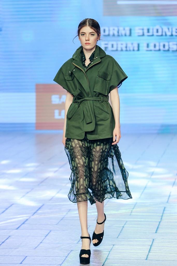 Trang phục được tạo ra từ chất liệu vải sợi sen