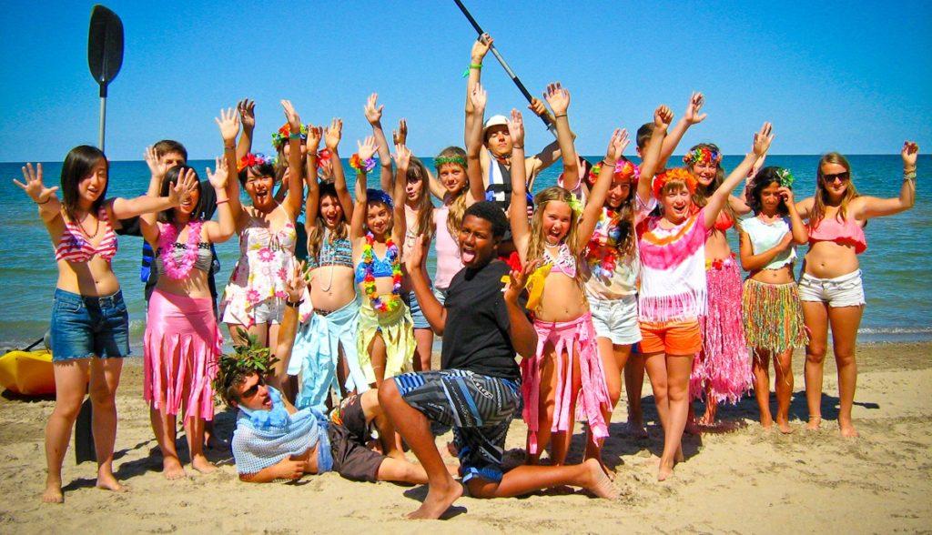 Hoạt động hè trên bải biển