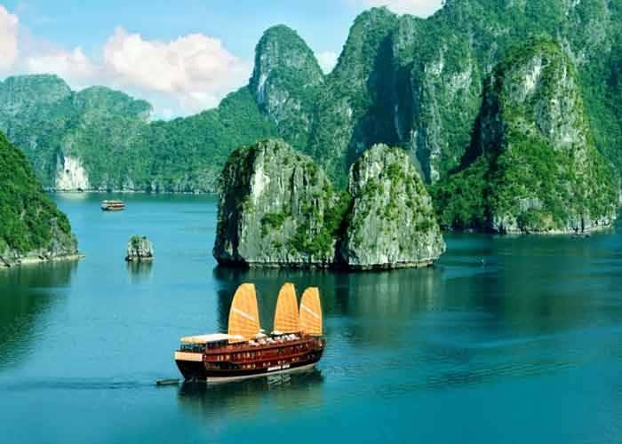 Kinh nghiệm du lịch Vịnh Hạ Long cho bạn lần đầu còn bỡ ngỡ