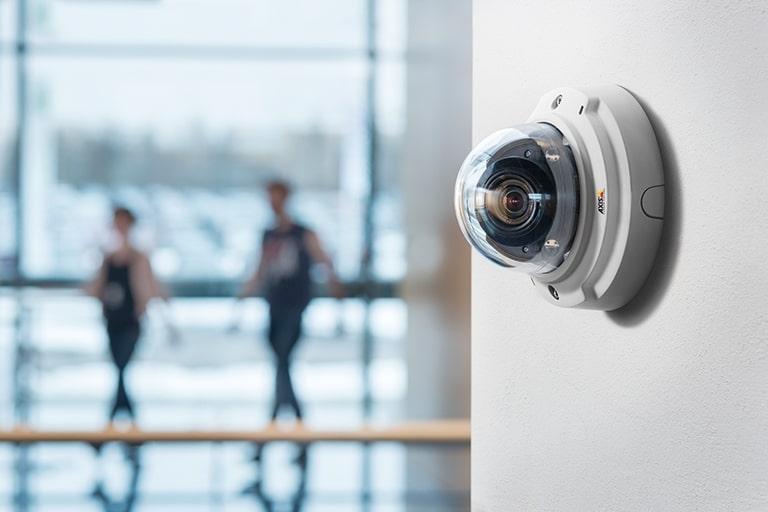 Lắp đặt hệ thống camera tại văn phòng nhằm đảm bảo an ninh nghiêm ngặt