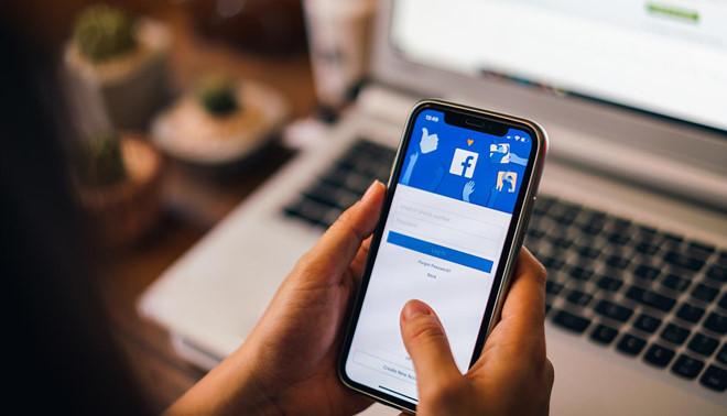 Đánh giá trên mạng xã hội